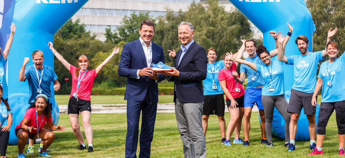 Año Nuevo Lunar paridad Ordenado  KLM en ASICS werken samen aan vitaliteit reizigers en werknemers    SPORTNEXT - De sportmarketing community